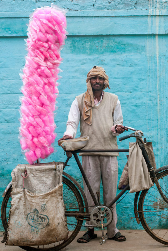 A cycling cotton candy salesman in North India