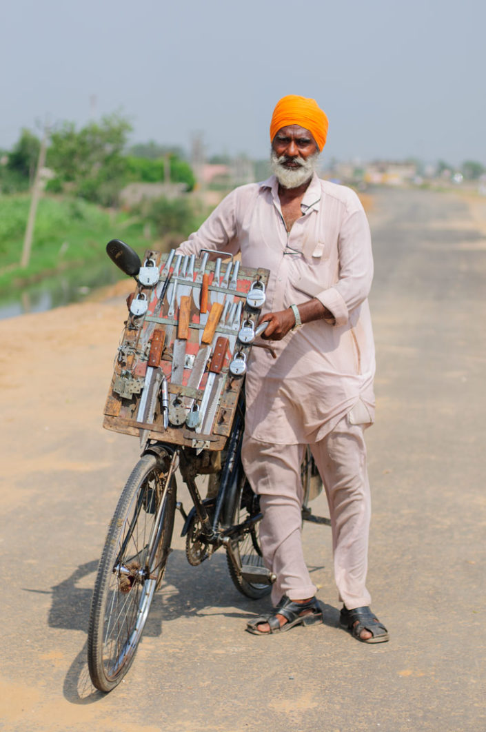 A cycling lock and knife salesman in North India