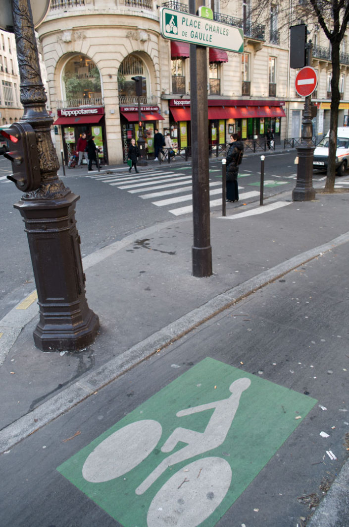 A Paris bicycle path